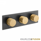 Bateria prysznicowa termostatyczna 3-drożna - Individual Knurled X Fusion - IND-T128/3-H-XBGK - Czarny Szczotkowany & Złoto Szczotkowane
